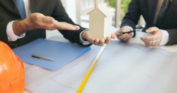 team-meetings-meetings-with-business-associates_46073-423